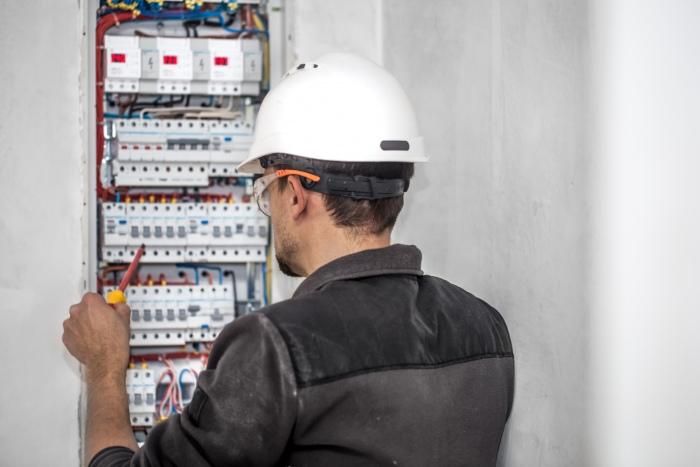 mantenimiento-de-instalaciones-eléctricas